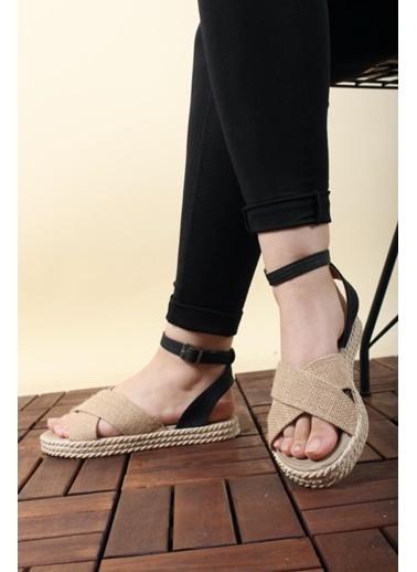 Oksit Florin 565 Hasır Kalın Taban Kadın Sandalet Siyah